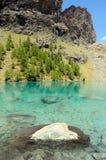 Μπλε λίμνη, Valle δ ` Aosta, Ιταλία Στοκ φωτογραφία με δικαίωμα ελεύθερης χρήσης