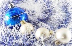 μπλε λευκό σφαιρών Στοκ Φωτογραφία