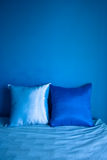 μπλε μαξιλάρι Στοκ Φωτογραφίες