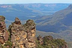 Μπλε μεγάλη και συμπαθητική άποψη της Αυστραλίας βουνών Στοκ Εικόνες
