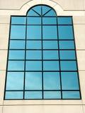 μπλε μεγάλο παράθυρο Στοκ φωτογραφία με δικαίωμα ελεύθερης χρήσης