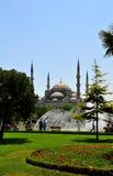 μπλε μεγαλοπρεπές μουσουλμανικό τέμενος της Κωνσταντινούπολης Στοκ Εικόνα