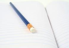 μπλε μολύβι Στοκ φωτογραφία με δικαίωμα ελεύθερης χρήσης
