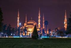 Μπλε μουσουλμανικό τέμενος Ιστανμπούλ τη νύχτα, Τουρκία Στοκ εικόνες με δικαίωμα ελεύθερης χρήσης
