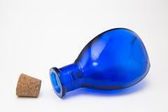 μπλε μπουκάλι Στοκ Εικόνες