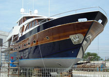 μπλε ναυπηγείο βαρκών Στοκ εικόνες με δικαίωμα ελεύθερης χρήσης