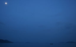 μπλε νησιά βαρκών Στοκ Φωτογραφία