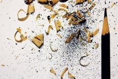 Μπλε ξέσματα μολυβιών και κραγιονιών με τη θέση για το κείμενό σας ή άλλα στοιχεία σχεδίου Στοκ Εικόνες