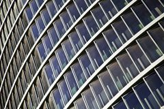Μπλε ουρανοξύστες οικοδόμησης ανόδου γυαλιού υψηλοί στοκ φωτογραφία με δικαίωμα ελεύθερης χρήσης