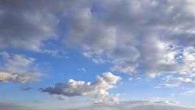 μπλε ουρανός λευκό σύννεφων Φύση desktop Τοπίο ταπετσαρίες στοκ εικόνα με δικαίωμα ελεύθερης χρήσης