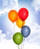 μπλε ουρανός μπαλονιών Στοκ εικόνες με δικαίωμα ελεύθερης χρήσης