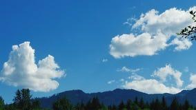 Μπλε ουρανός πέρα από την Ουάσιγκτον Στοκ φωτογραφία με δικαίωμα ελεύθερης χρήσης