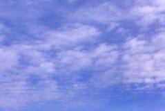 μπλε ουρανός σύννεφων Όμορφος ουρανός Στοκ εικόνες με δικαίωμα ελεύθερης χρήσης