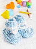 μπλε παπούτσια μωρών Στοκ εικόνες με δικαίωμα ελεύθερης χρήσης