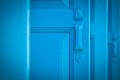 μπλε παραθυρόφυλλα στοκ εικόνες