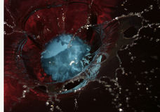 μπλε παφλασμός Στοκ φωτογραφίες με δικαίωμα ελεύθερης χρήσης
