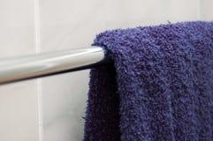 μπλε πετσέτα Στοκ φωτογραφίες με δικαίωμα ελεύθερης χρήσης