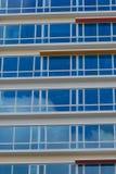 Μπλε πλακάκια παραθύρων στοκ εικόνες με δικαίωμα ελεύθερης χρήσης