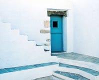 Μπλε πόρτα στοκ εικόνα