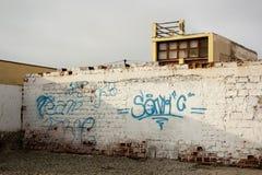 μπλε ρεαλιστικός τοίχος γκράφιτι Στοκ εικόνες με δικαίωμα ελεύθερης χρήσης