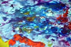 Μπλε ρόδινο πράσινο κίτρινο ιώδες πορτοκαλί ρόδινο υπόβαθρο σημείων ζωγραφικής, ζωηρόχρωμο αφηρημένο υπόβαθρο watercolor Στοκ φωτογραφία με δικαίωμα ελεύθερης χρήσης