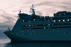 Μπλε σκάφος της γραμμής κρουαζιέρας Στοκ φωτογραφίες με δικαίωμα ελεύθερης χρήσης