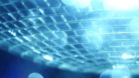 Μπλε σφαίρα disco καθρεφτών απόθεμα βίντεο