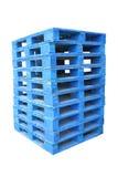 μπλε σωρός παλετών ξύλινος Στοκ εικόνες με δικαίωμα ελεύθερης χρήσης