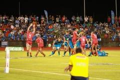 Μπλε του Ώκλαντ εναντίον των κοκκίνων του Queensland που παίζουν στη Σαμόα Στοκ Εικόνες