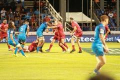 Μπλε του Ώκλαντ εναντίον των κοκκίνων του Queensland που παίζουν στη Σαμόα Στοκ Φωτογραφίες