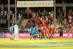 Μπλε του Ώκλαντ εναντίον των κοκκίνων του Queensland που παίζουν στη Σαμόα Στοκ Φωτογραφία