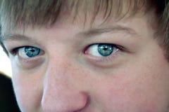 μπλε φωτεινά μάτια Στοκ εικόνες με δικαίωμα ελεύθερης χρήσης