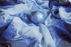 μπλε Χριστούγεννα ανασκό& στοκ φωτογραφία με δικαίωμα ελεύθερης χρήσης