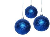 μπλε Χριστούγεννα σφαιρώ&nu Στοκ Εικόνα