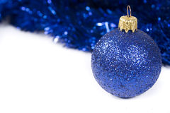 μπλε Χριστούγεννα σφαιρώ&nu Στοκ εικόνες με δικαίωμα ελεύθερης χρήσης