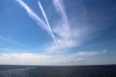 μπλε ωκεάνιος ουρανός Στοκ φωτογραφίες με δικαίωμα ελεύθερης χρήσης