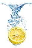 μπλε ύδωρ φυσαλίδων Στοκ Εικόνες
