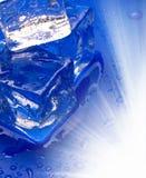 μπλε cub πάγος στοκ εικόνες με δικαίωμα ελεύθερης χρήσης