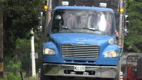 μπλε truck φορτίου Στοκ φωτογραφίες με δικαίωμα ελεύθερης χρήσης