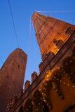 Μπολόνια δύο πύργοι στοκ εικόνες
