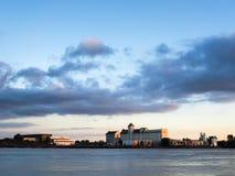ΜΠΟΡΝΤΩ, GIRONDE/FRANCE - 18 ΣΕΠΤΕΜΒΡΊΟΥ: Άποψη βιομηχανικού Bui Στοκ Φωτογραφίες