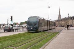 Μπορντώ, Aquitaine/Γαλλία - 06 11 2018: Σύγχρονο τραμ πόλεων στοκ εικόνες