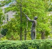 Μπορούμε να έχουμε το άγαλμα χαλκού ειρήνης στο πανεπιστήμιο της Οκλαχόμα Στοκ Εικόνες