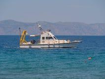 15 μπορούν ελληνικό κέντρο της Ελλάδας νησιών της Ρόδου του 2019 για τη θαλάσσια ερευνητική βάρκα στοκ εικόνες