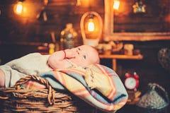 Μπορώ να αισθανθώ το μωρό μας r r r r r Παιδική ηλικία και στοκ φωτογραφίες