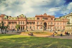 ΜΠΟΥΕΝΟΣ ΆΙΡΕΣ, ΑΡΓΕΝΤΙΝΗ - 20 ΑΠΡΙΛΊΟΥ 2016: Προεδρικός και gover Στοκ φωτογραφία με δικαίωμα ελεύθερης χρήσης