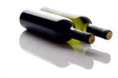 μπουκάλια δύο κρασί Στοκ φωτογραφίες με δικαίωμα ελεύθερης χρήσης