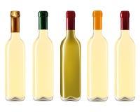 Μπουκάλια κρασιού στη σειρά Στοκ Φωτογραφίες