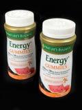 2 μπουκάλια της ενέργειας Gummies γενναιοδωρίας φύσης ` s στοκ εικόνα με δικαίωμα ελεύθερης χρήσης