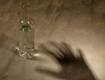 Μπουκάλι με την αλκοόλη Στοκ Εικόνες